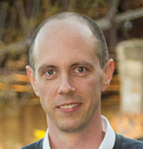 Jonathan Vincze